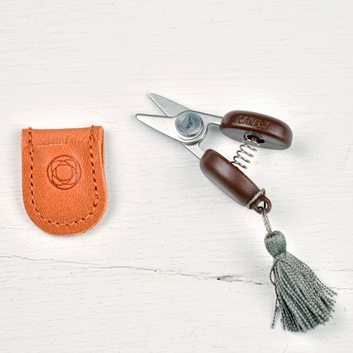 Cohana Mini Scissors - Grey