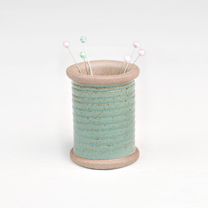 Cohana Hasami Ware Magnetic Spool - Green
